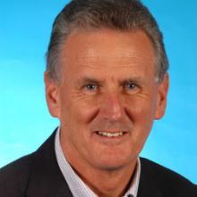 Simon Howell